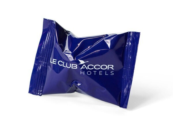 Fortune Cookie in full colour wrapper le club accor hotels