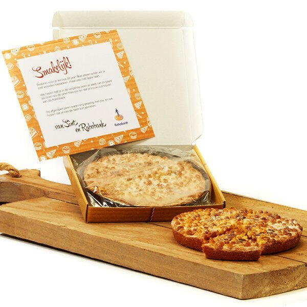 Mailbox with pie