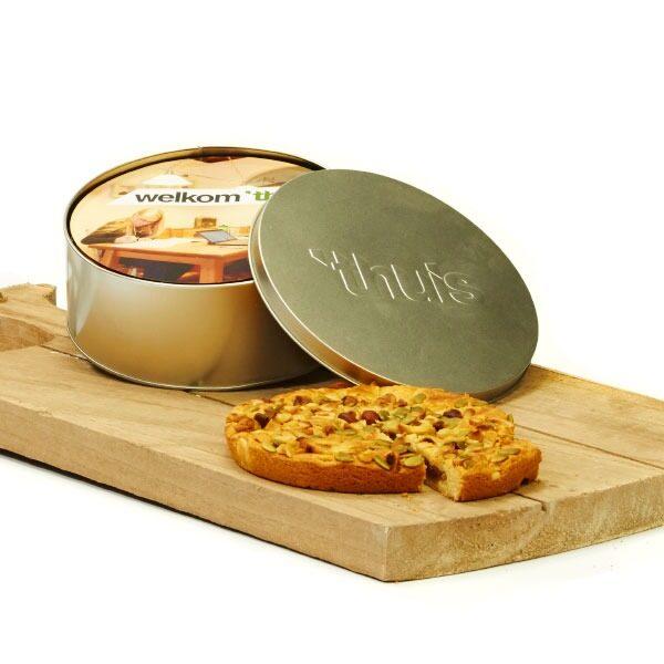 Pie in tin